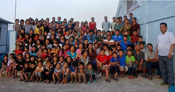 worlds biggest family